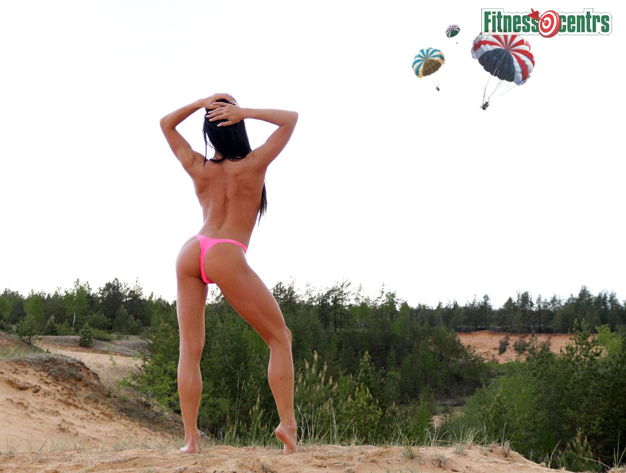 http://img.fitnes.lv/2/nude_fitness_girl_7283_6169-2.jpg