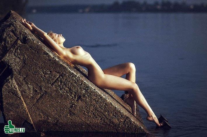 http://img.fitnes.lv/2/nude_girls_91234.jpg