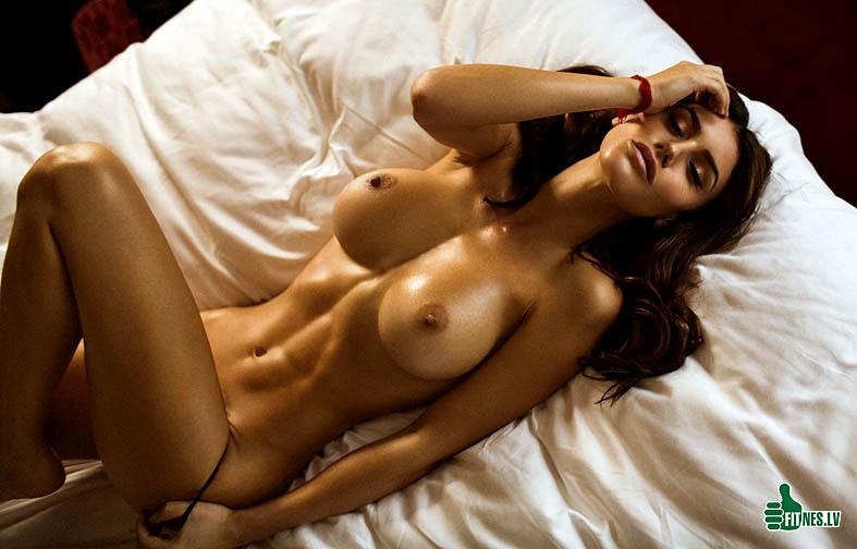 http://img.fitnes.lv/2/nude_sexy_girms_9877389.jpg