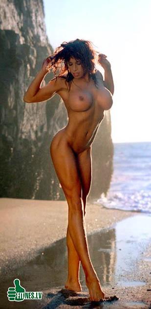 http://img.fitnes.lv/2/nude_super_girl_80312.jpg