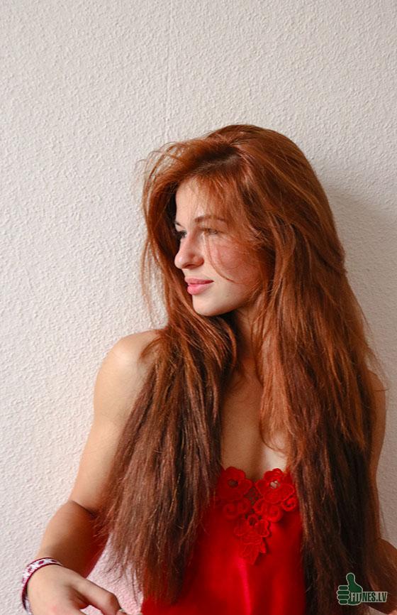 http://img.fitnes.lv/2/red_girl_928373_8485.jpg
