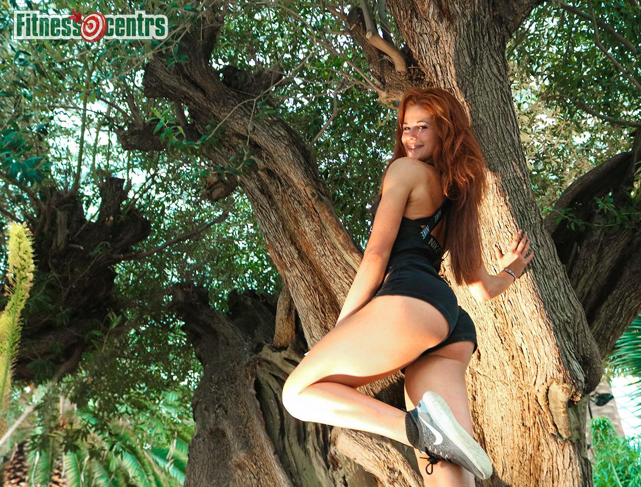 http://img.fitnes.lv/2/sexy_fitness_girl_37838e4_1949.jpg