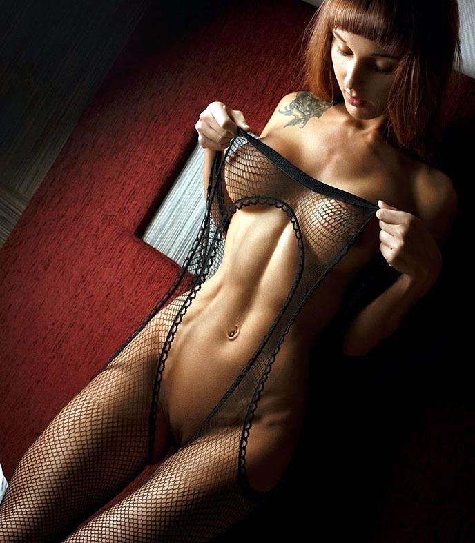 http://img.fitnes.lv/2/sexy_fitness_girls_278304771.jpg