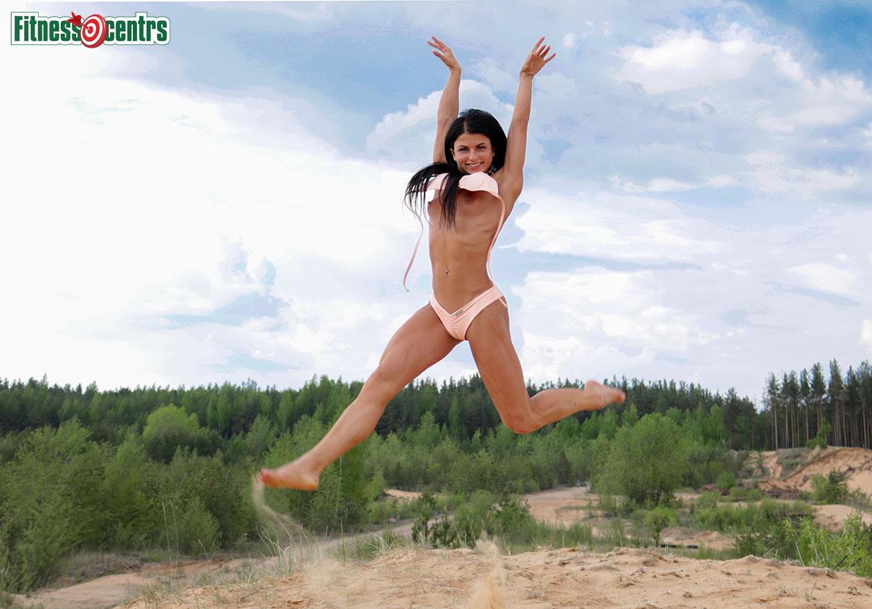 http://img.fitnes.lv/2/sexy_fitness_girls_278392_6007.jpg