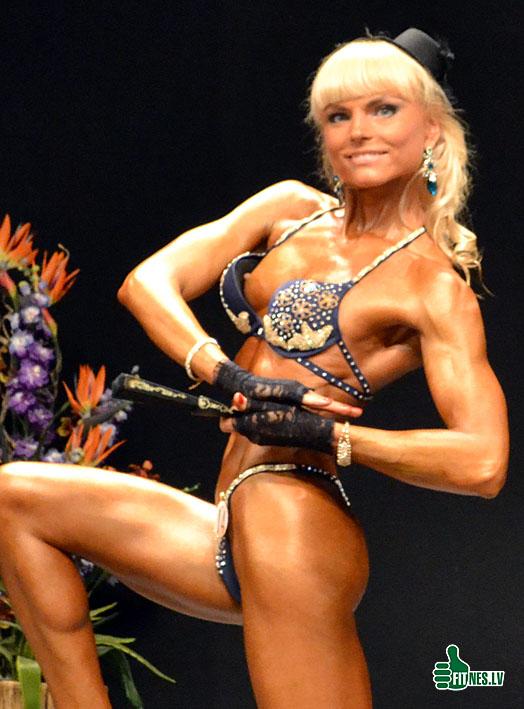 http://img.fitnes.lv/2/sexy_fitness_girls_675_0063.jpg