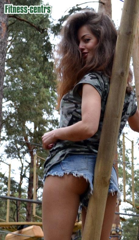 http://img.fitnes.lv/2/sexy_fitness_girls_675_0452.jpg