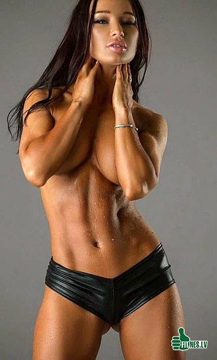 http://img.fitnes.lv/2/sexy_muscle_girls_1783366.jpg