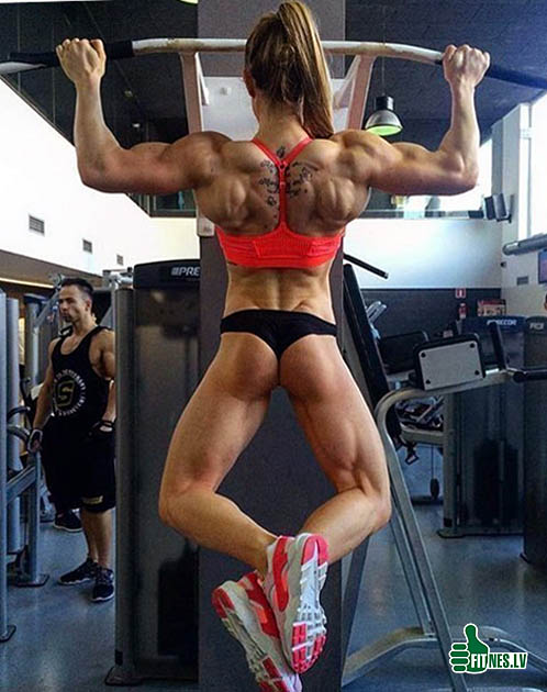 http://img.fitnes.lv/2/sexy_muscle_girls_8276557.jpg