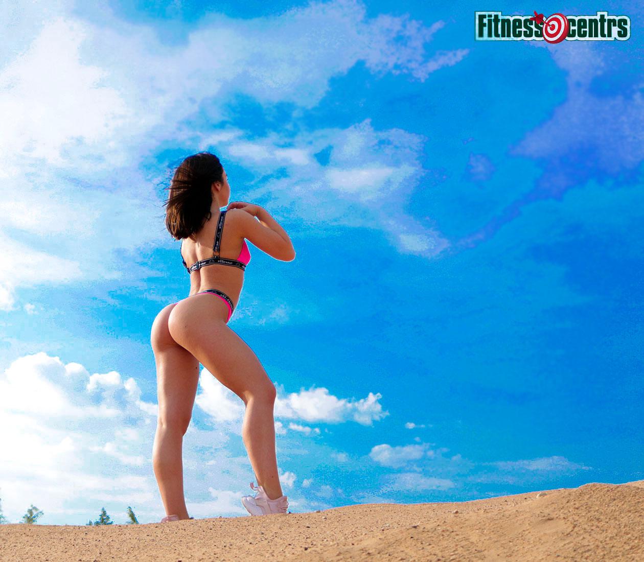 http://img.fitnes.lv/2/sky_bikini_girls_2783_9722.jpg