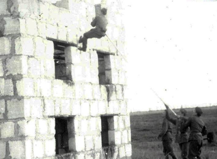 http://img.fitnes.lv/2/special_troops_16.jpg