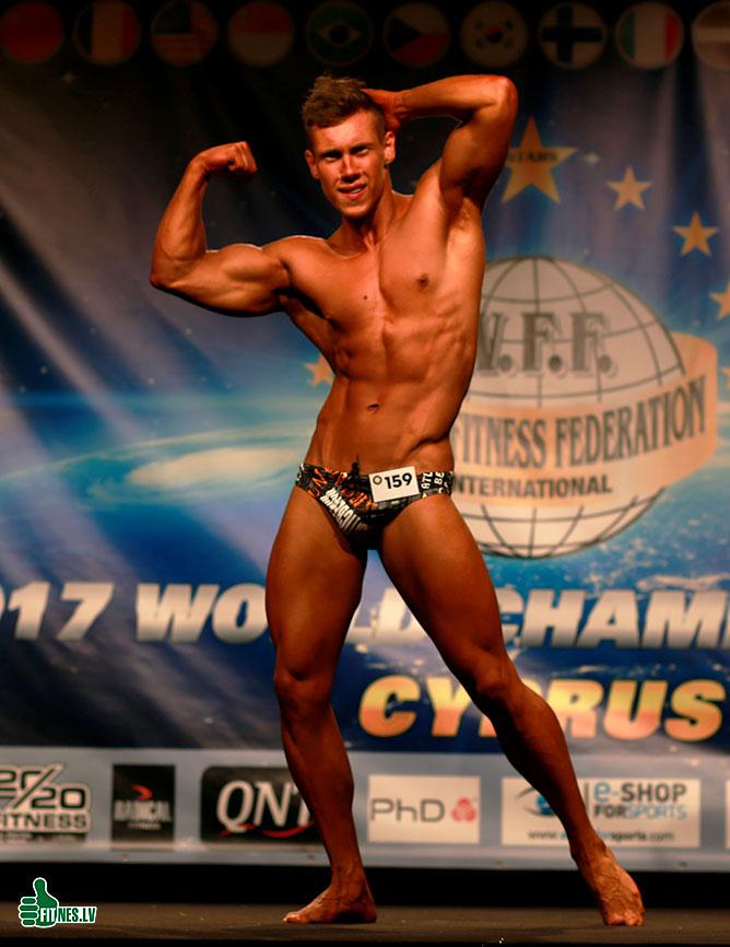 http://img.fitnes.lv/2/sports_models_2873_9762.jpg