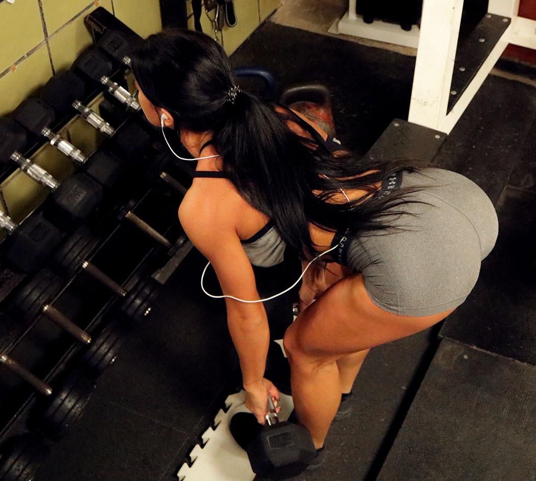 http://img.fitnes.lv/2/strong_babes_820283_5677.jpg