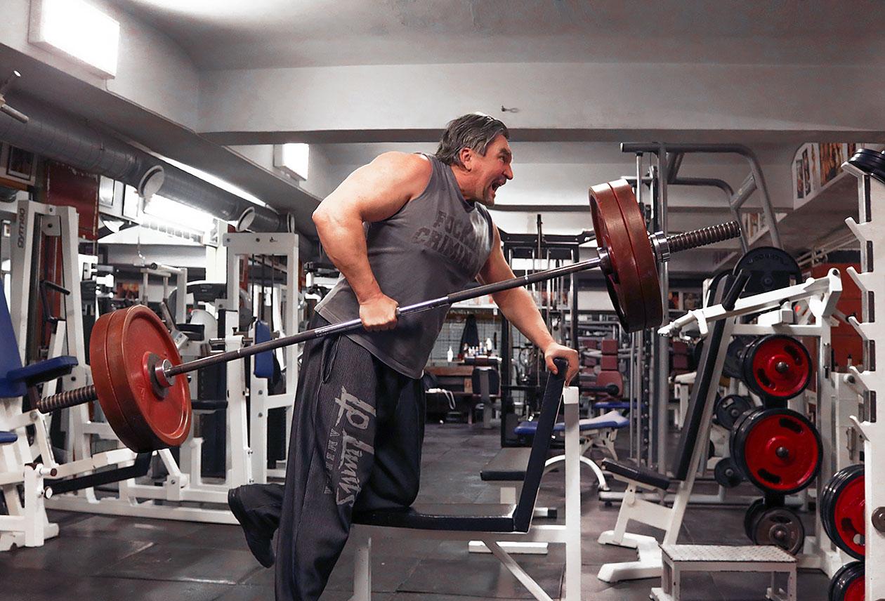 http://img.fitnes.lv/2/strong_man_2672828344774.jpg