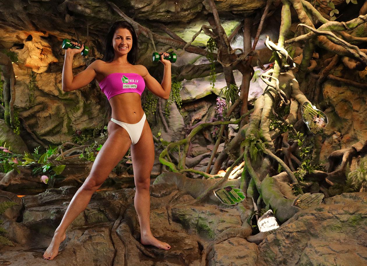 http://img.fitnes.lv/2/zoo_bikini_girls_3784_7881.jpg