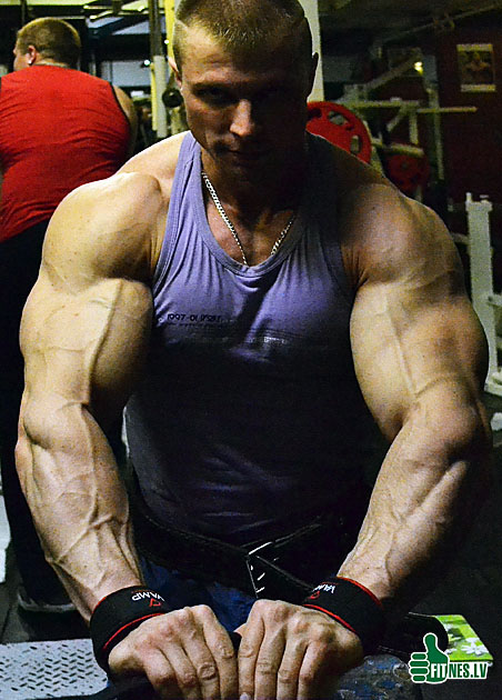 http://img.fitnes.lv/Romanov_0031.jpg