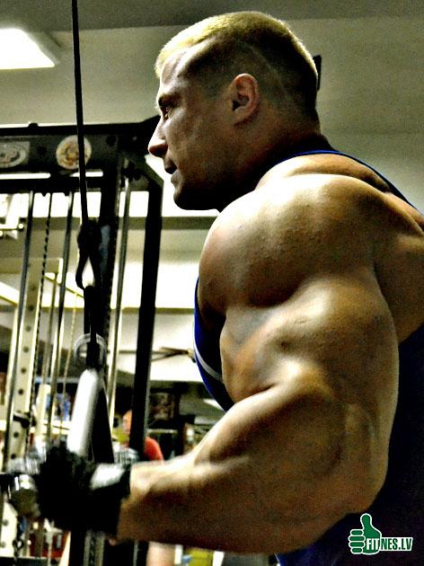 http://img.fitnes.lv/Romanov_480125.jpg