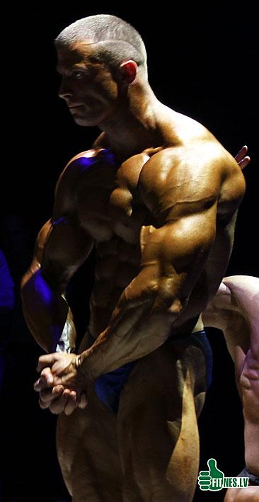 http://img.fitnes.lv/Romanov_6975.jpg
