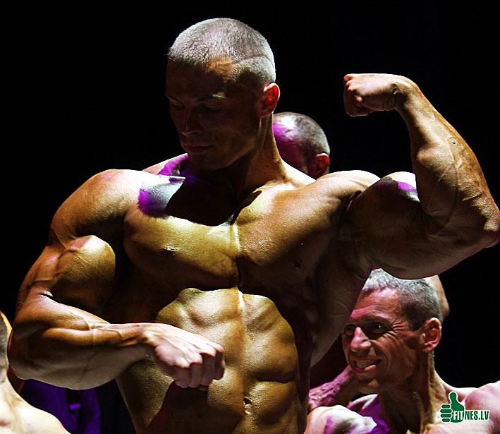 http://img.fitnes.lv/Romanov_7005.jpg
