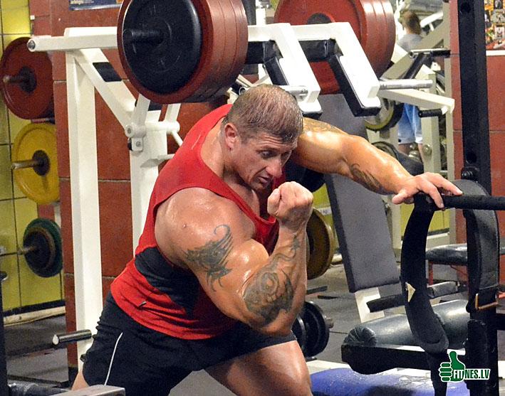 http://img.fitnes.lv/Vahmjanin_0048.jpg