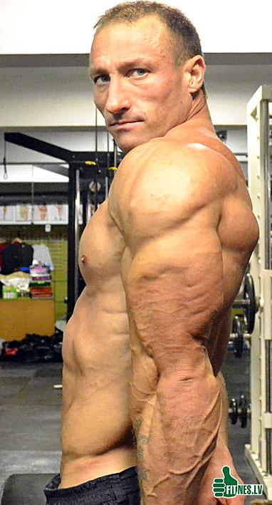http://img.fitnes.lv/Vlad_Labudz_3843.jpg