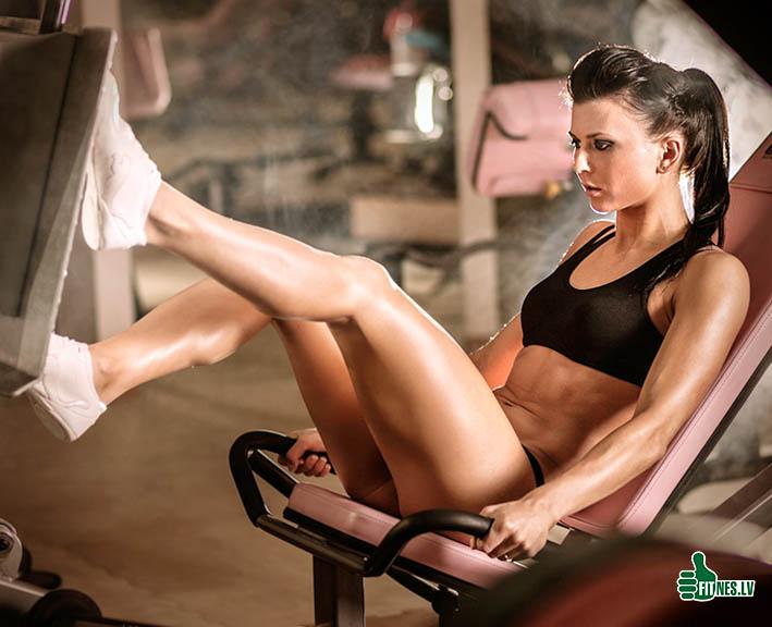 http://img.fitnes.lv/bikini_babes_60321.jpg