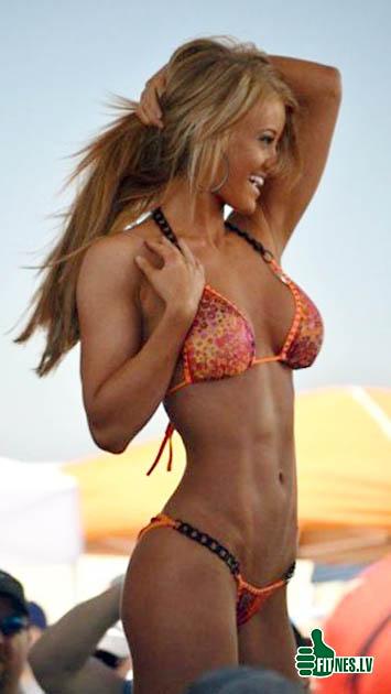 http://img.fitnes.lv/bikini_girls_371043.jpg