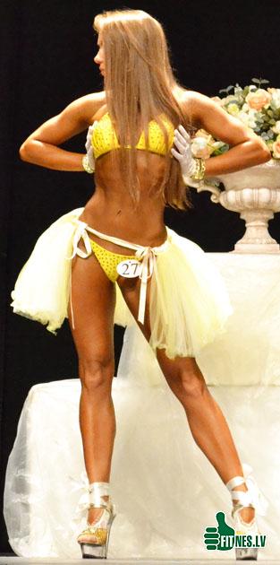 http://img.fitnes.lv/bikini_model_0166.jpg