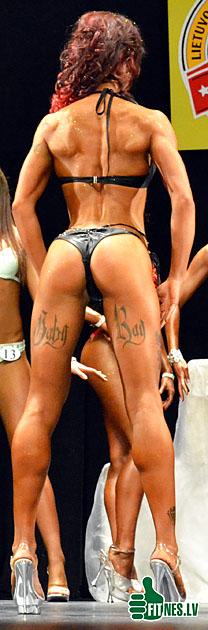 http://img.fitnes.lv/bikini_model_39015.jpg