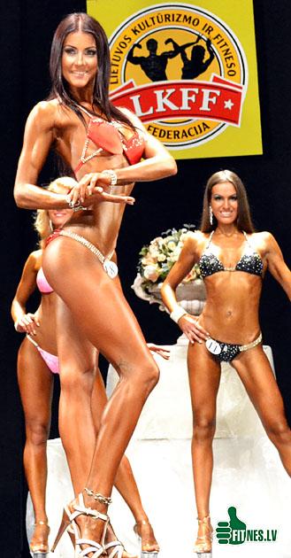 http://img.fitnes.lv/bikini_model_891245.jpg