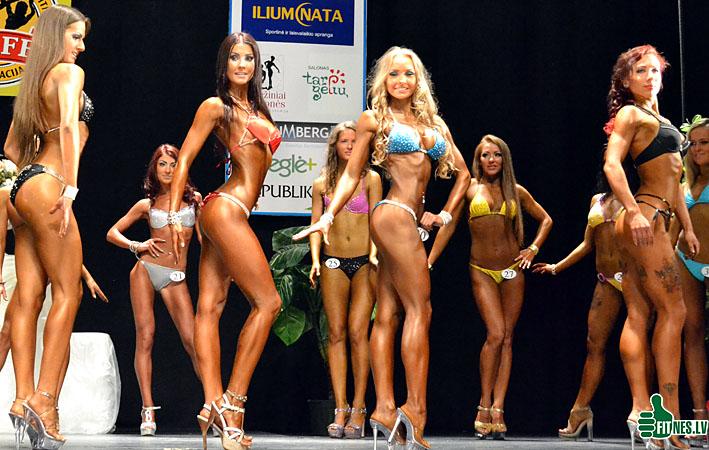 http://img.fitnes.lv/bikini_models_9002613.jpg