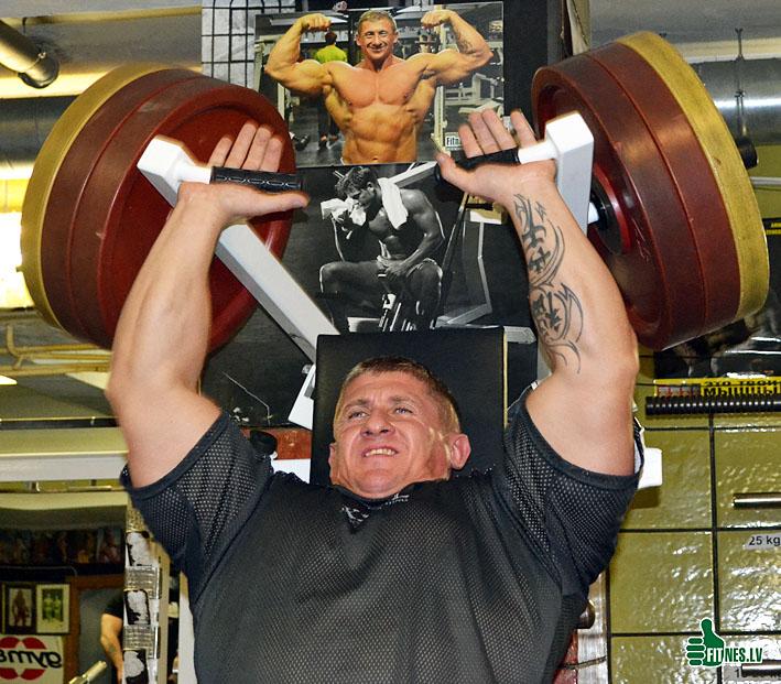 http://img.fitnes.lv/bodybuilding_003046.jpg