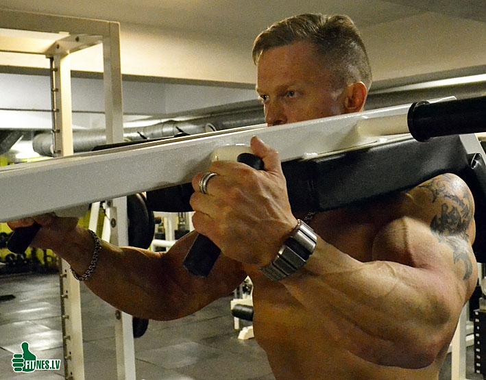http://img.fitnes.lv/bodybuilding_3611093.jpg