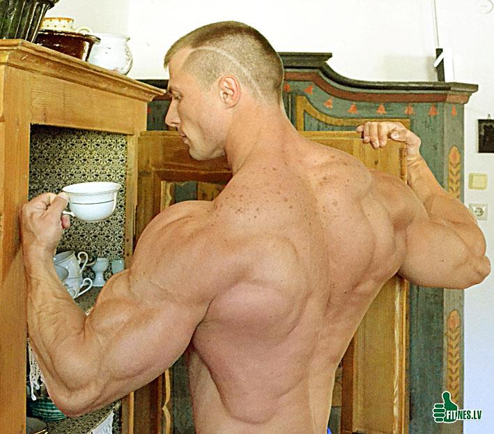 http://img.fitnes.lv/bodybuilding_3838377.jpg