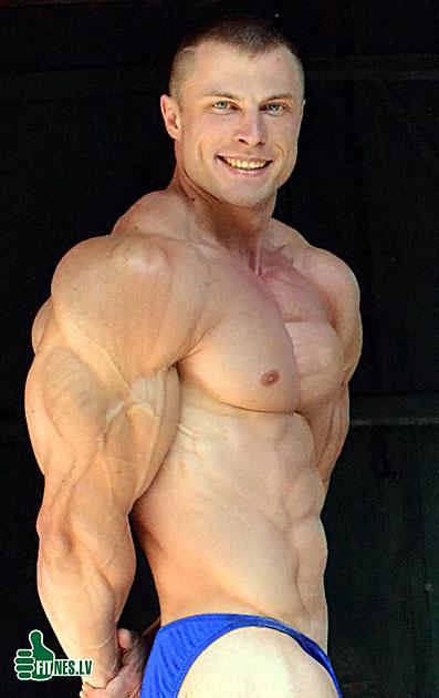 http://img.fitnes.lv/bodybuilding_3838399.jpg