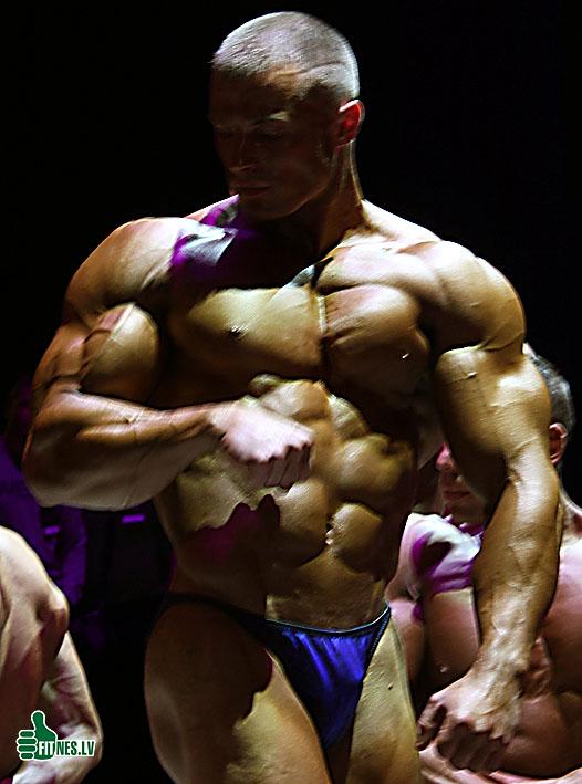 http://img.fitnes.lv/bodybuilding_7003.jpg