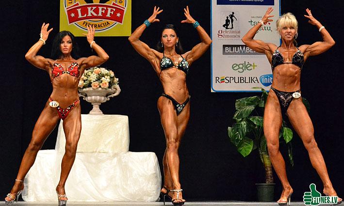 http://img.fitnes.lv/female_fitness_0052.jpg