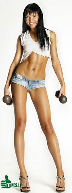 http://img.fitnes.lv/fitness_babes_012041.jpg