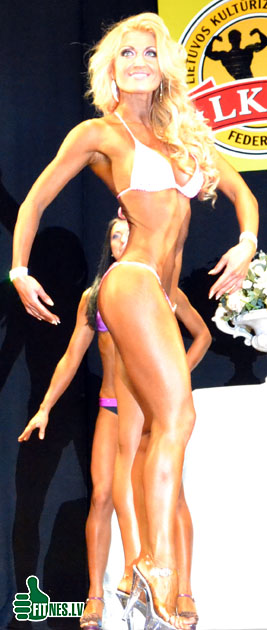 http://img.fitnes.lv/fitness_model_0041.jpg