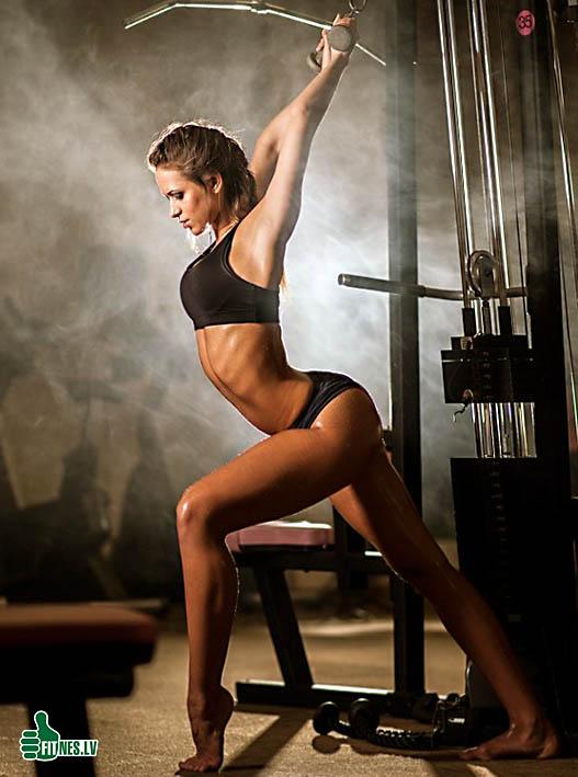 http://img.fitnes.lv/gymnastic_girls_8206.jpg