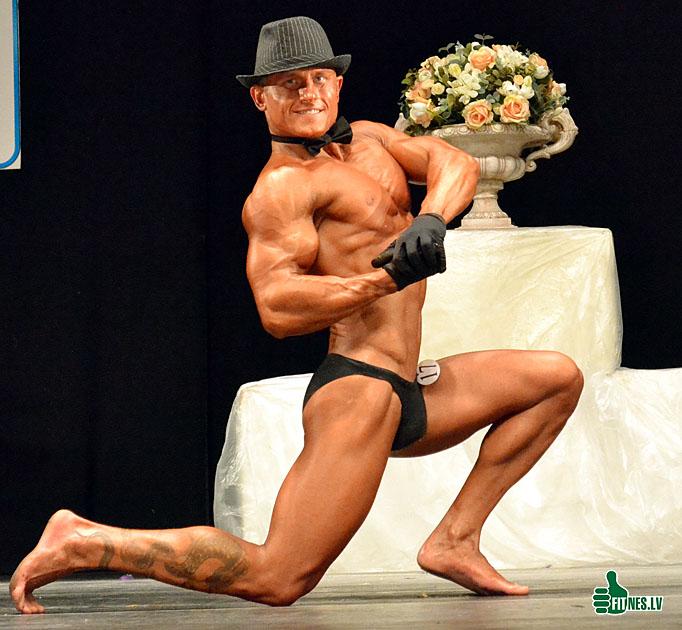 http://img.fitnes.lv/male_fitness_0016.jpg