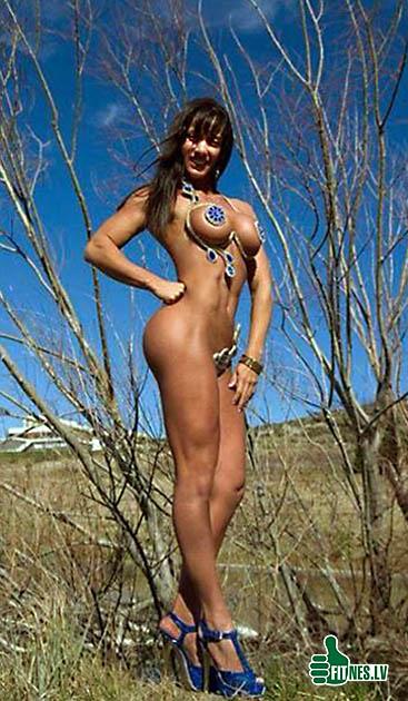 http://img.fitnes.lv/muscle_girls_5109.jpg
